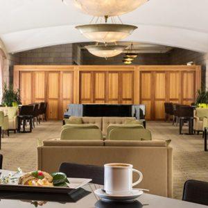grand-cort-hotel-lobby